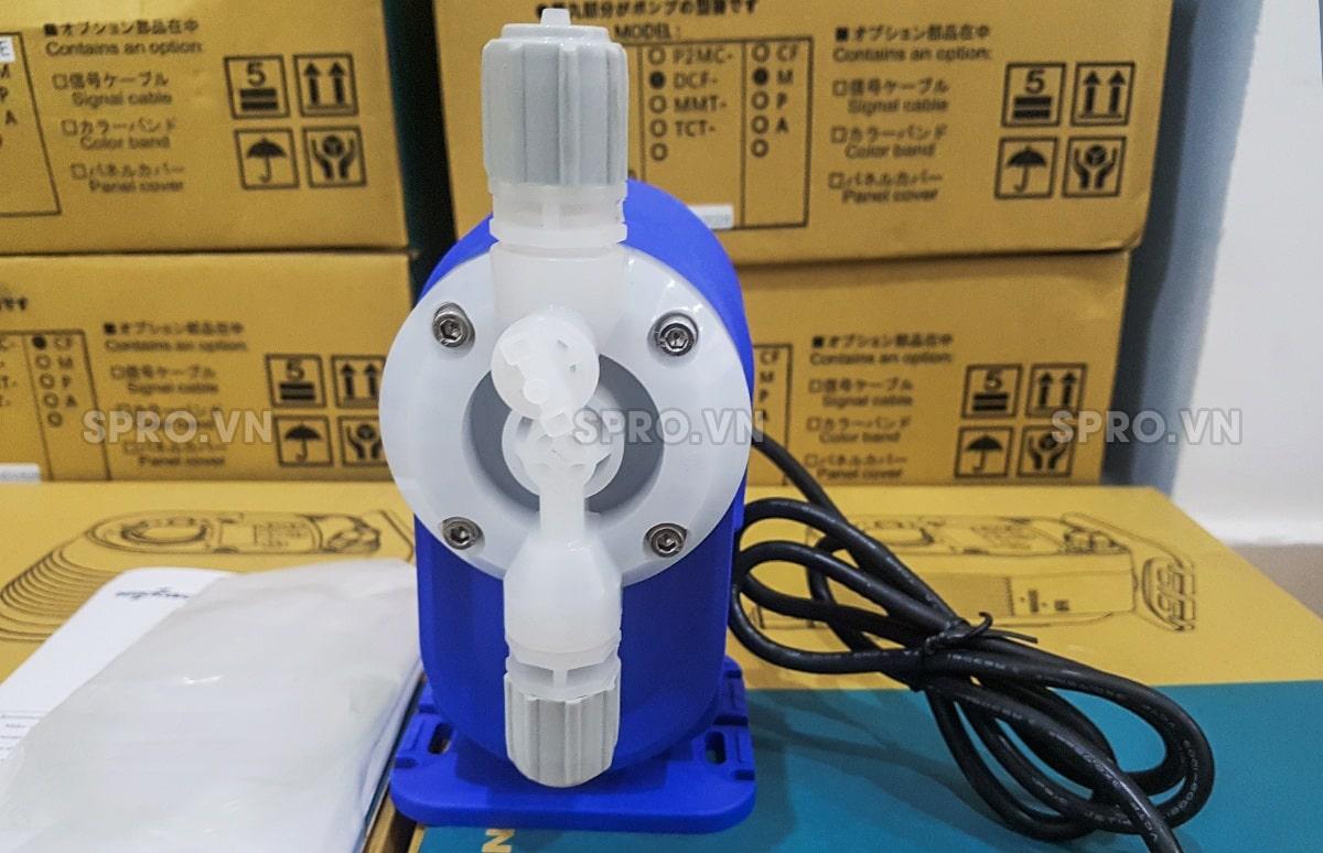 Máy bơm định lượng hóa chất Nikkiso NFH 80 PVDF