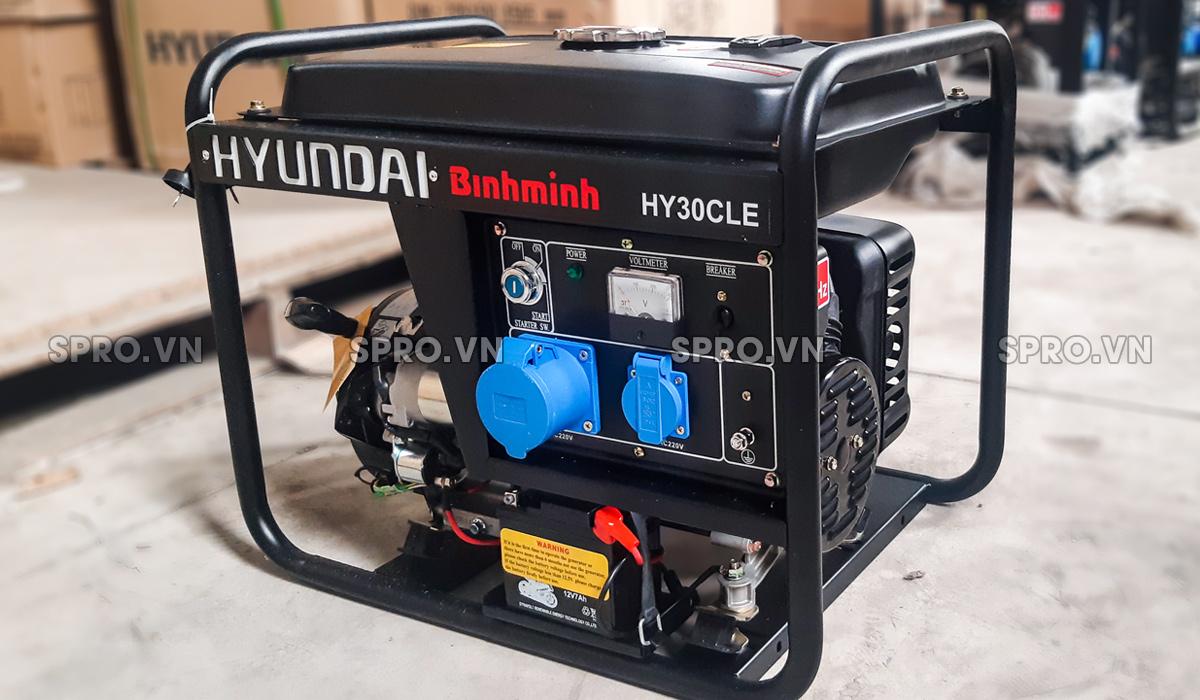Máy phát điện chạy xăng Hyundai 2.6kw HY30CLE