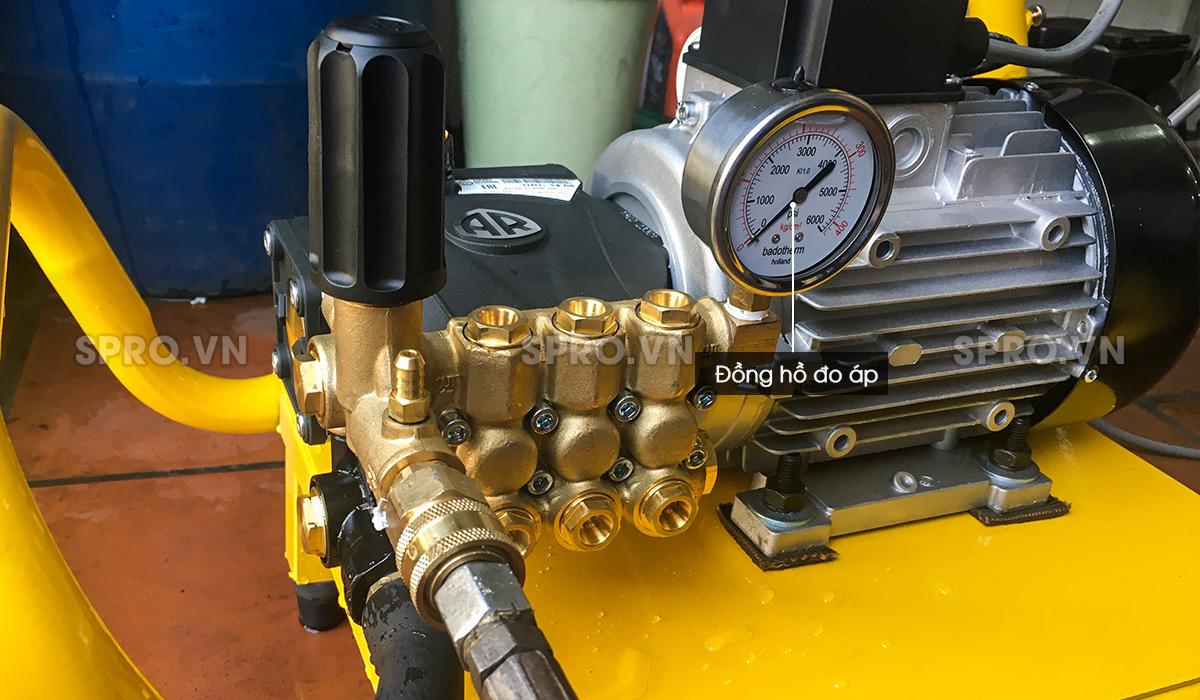Đồng hồ chỉnh áp máy rửa xe áp lực cao AR U22-1408