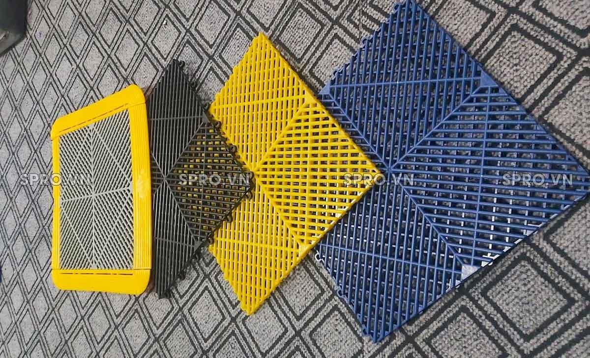 Tấm lót sàn nhựa PP cho garage, trung tâm chăm sóc xe ô tô