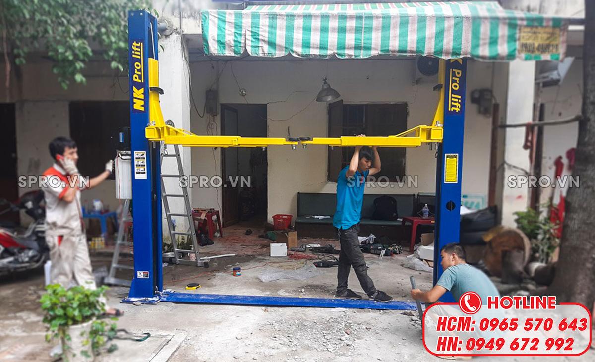 Lắp đặt cầu nâng 2 trụ tại garage