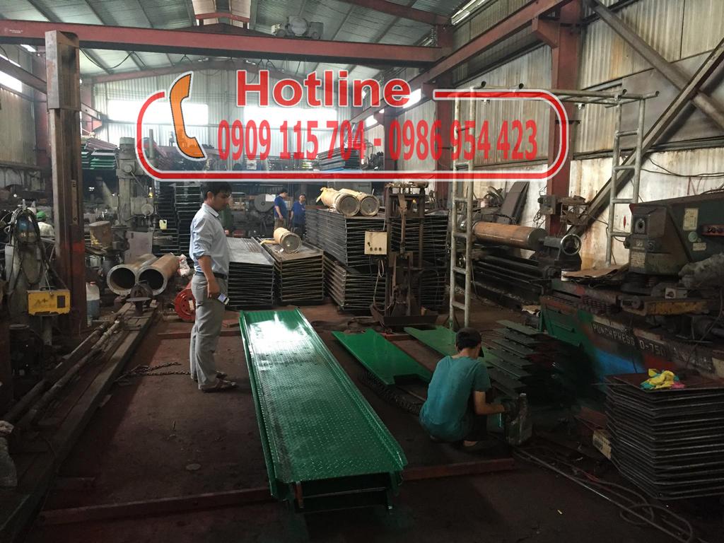 xưởng sản xuất bàn nâng của loại cầu 1 trụ
