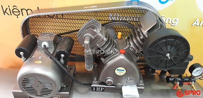 chi tiết Máy nén khí piston Jaguar HEV70H160 công suất 3hp bình chứa 160L