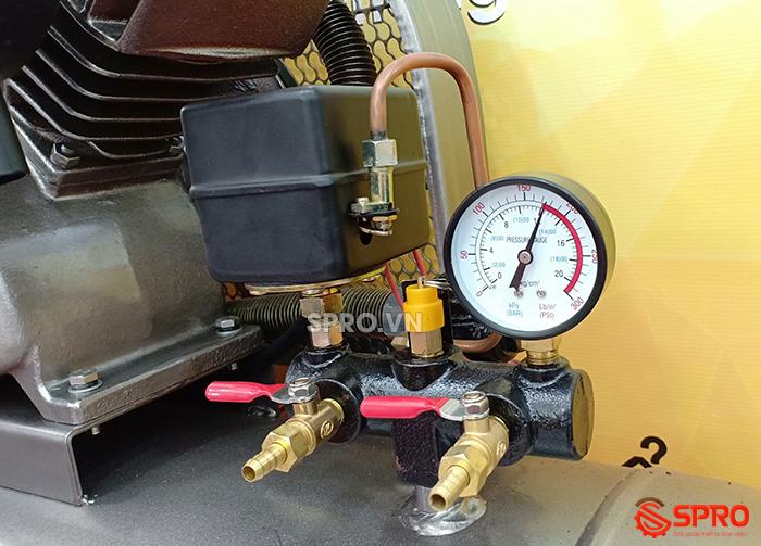 cụm điều áp và van xả Máy nén khí piston 3hp jaguar HEV70H200 dung tích 200L