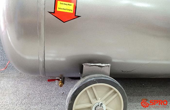 Van xả nước Máy nén khí piston 2HP 1 cấp Jaguar EV51H100 - Dung tích 100L