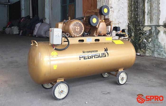 Máy bơm hơi 4HP Pegasus TM-V-0.36/12.5-230-380 Dung tích 230L giá rẻ