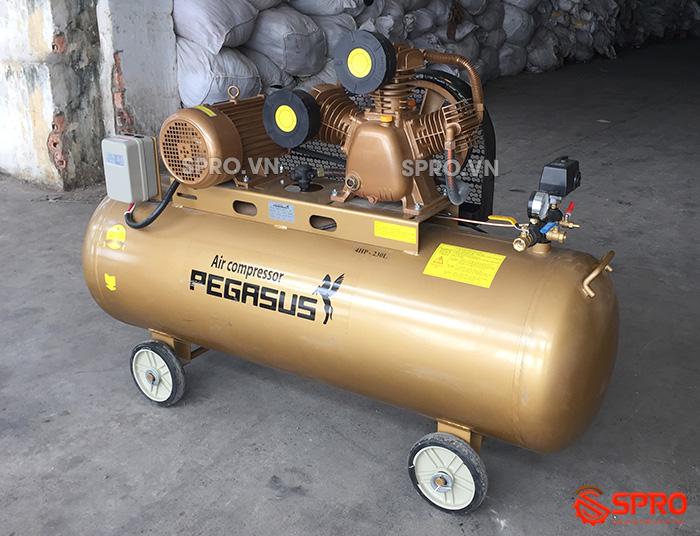 Máy nén khí 4HP giá rẻ Pegasus TM-V-0.36/12.5-230-380 Dung tích 230L