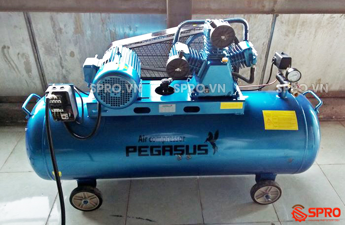 Máy nén khí, Máy bơm hơi giá rẻ 4HP Pegasus TM-W-0.36/12.5-230L - Dung tích 230L