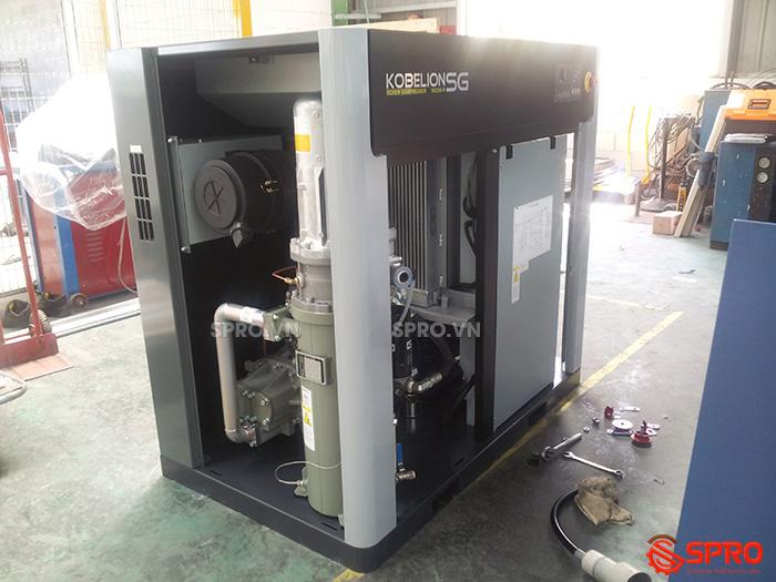 Máy bơm hơi trục vít 30HP KOBELCO SG22A 22Kw giá rẻ