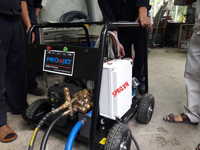 máy rửa xe siêu cao áp projet