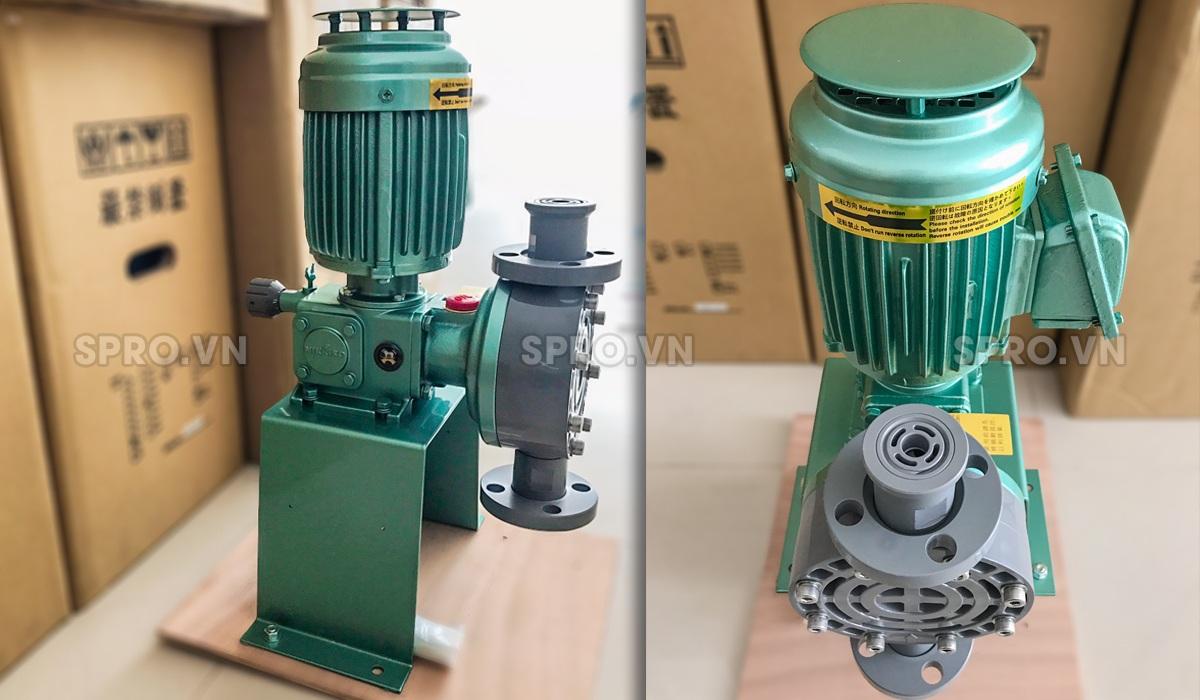 Máy bơm định lượng Đài LoanAHA 42 PVC